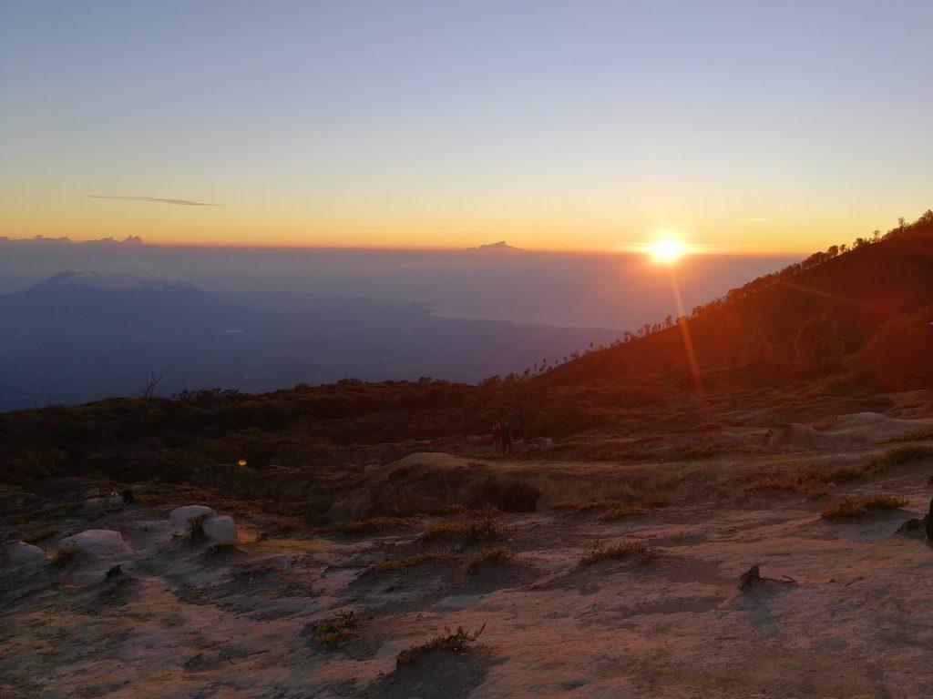 Subir al monte Ijen Indonesia