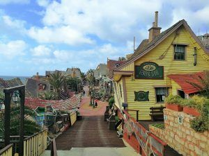 Popeye Village - Haz La Mochila